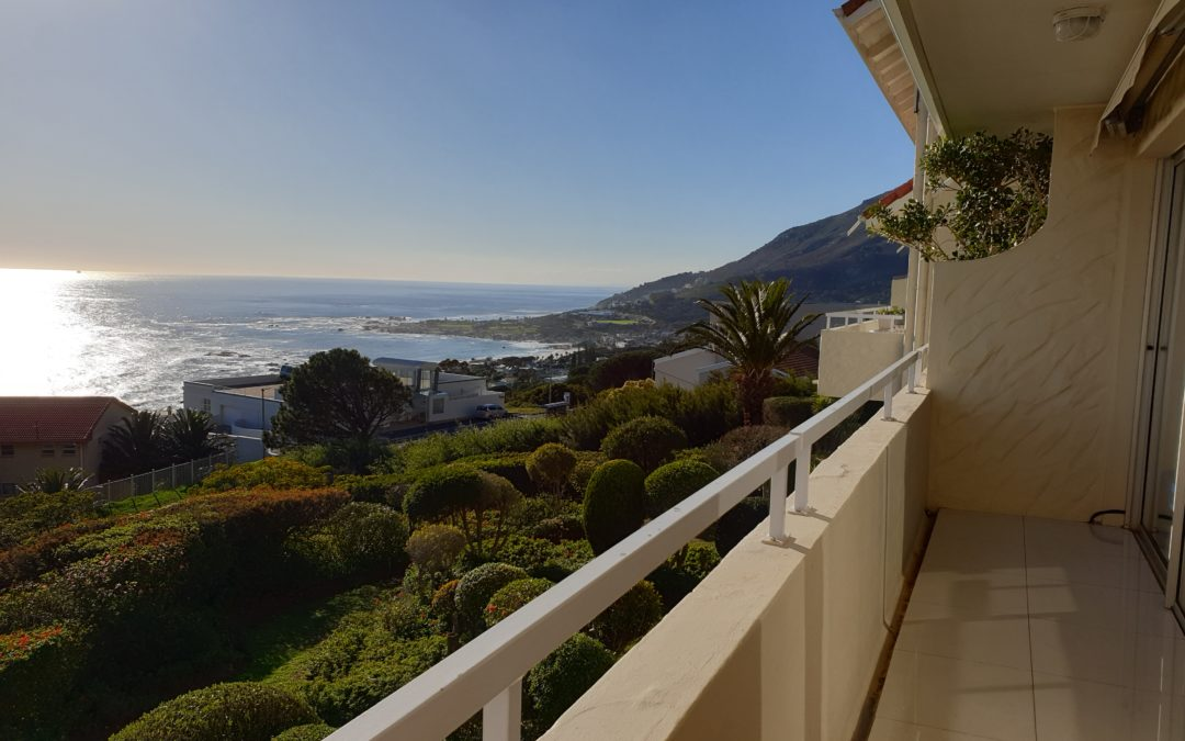 Stunning three bedroom maisonette with incredible sea views